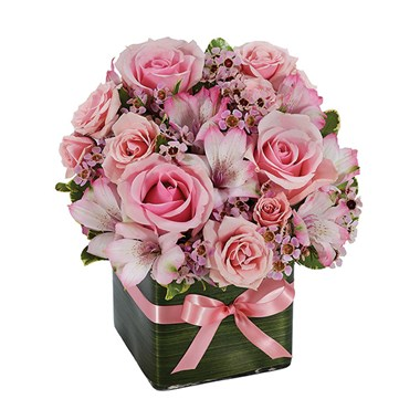 """Simply Divine"" flower bouquet (BF255-11KMR)"
